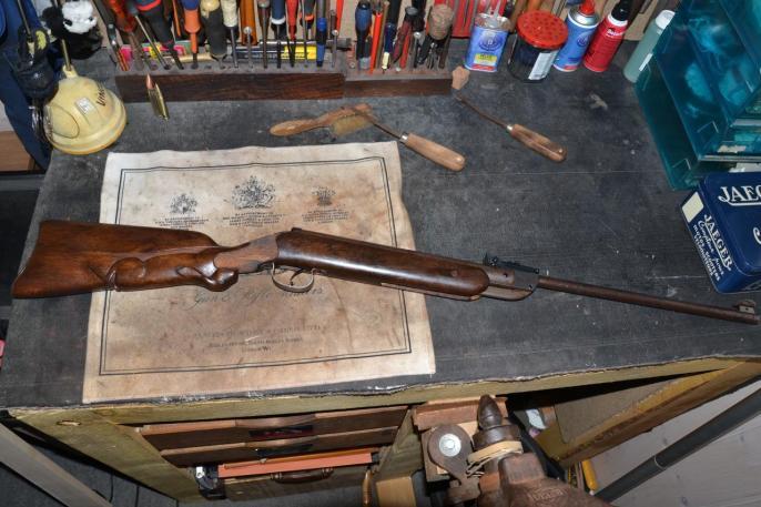 Côté droit de la carabine