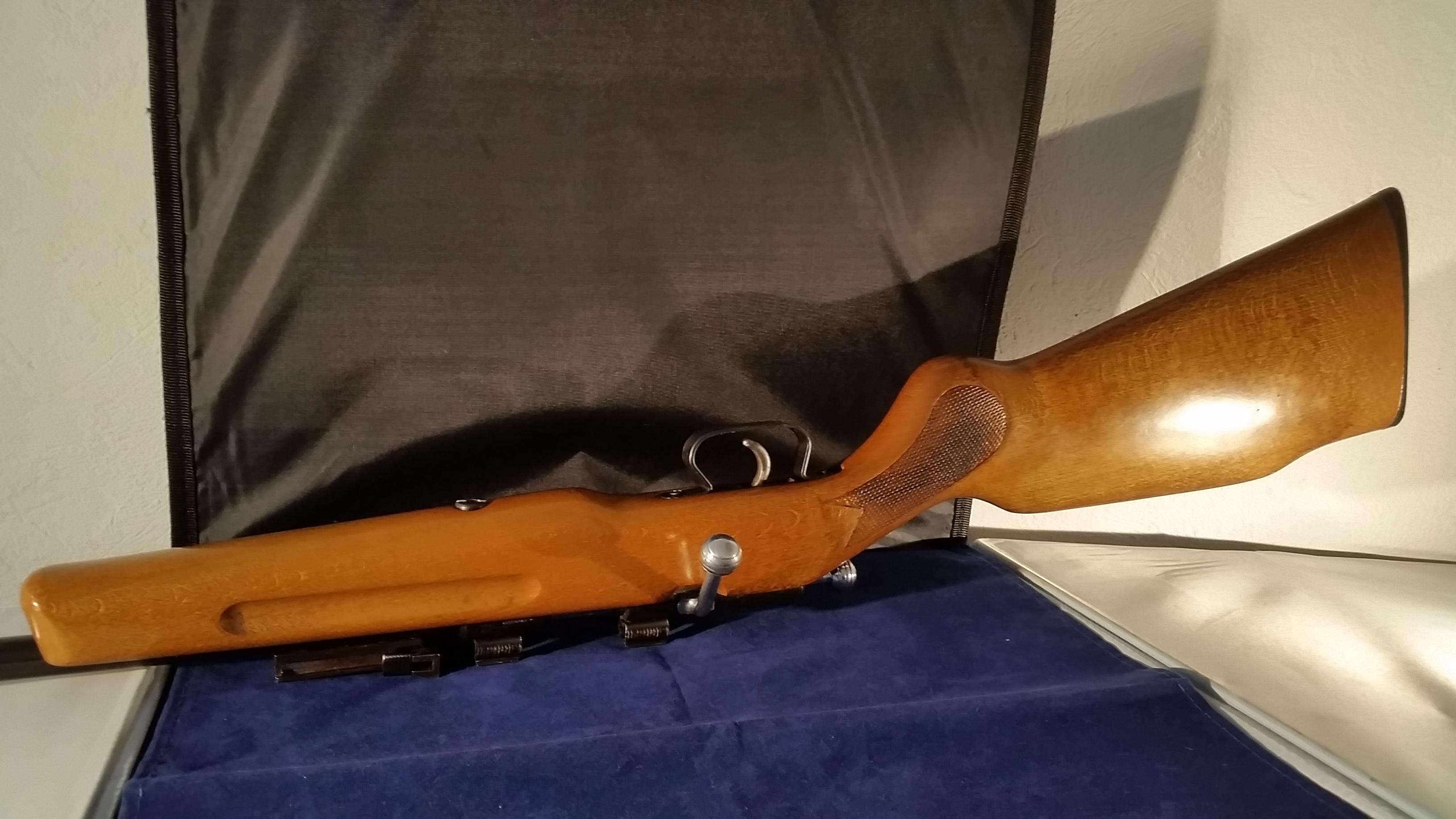 Manu-arm monocoup cal.22lr