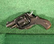 Revolver Velodog calibre 380